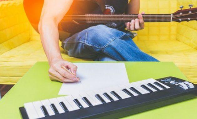 SONGWRITING SIMPLIFIED: Music Theory, Melody & Creativity Course